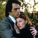 Faye Dunaway and Tommy Lee Jones