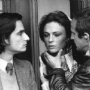 Jean-Pierre Léaud, Jacqueline Bisset, Francois Truffaut in Day for Night (1973) - 454 x 329