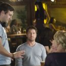 (l to r) Director Robert Luketic, Gerard Butler and Katherine Heigl on the set of Columbia Pictures' comedy THE UGLY TRUTH. Photo By: Saeed Adyani. © 2009 Columbia Pictures Industries, Inc. All rights reserved.
