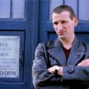 Christopher Eccleston in Doctor Who (2005) - 454 x 340