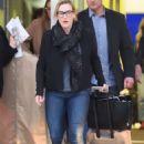 Kate Winslet – Arriving at JFK Airport in New York