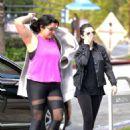 Selena Gomez – Grabs a morning coffee in Los Angeles - 454 x 460