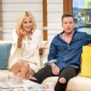 Pixie Lott on 'Good Morning Britain' TV Show in London - 454 x 589