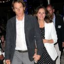 Danny Moder and Julia Roberts - 454 x 851