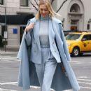 Karlie Kloss – Leaving Ralph Lauren Show in New York - 454 x 674