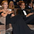 Scarlett Johansson and Romain Dauriac - 454 x 436