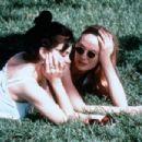 Kelly Lynch and Sherilyn Fenn in Three of Hearts (1993)