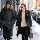 Lily Aldridge Out For Lunch In Nyc