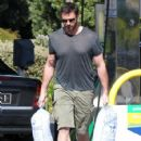 Hugh Jackman Picking Up Some Beer In Melbourne