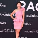 Olivia Sanabia – 'The Art Of Racing in The Rain' Premiere in Los Angeles - 454 x 600