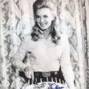 Linda Evans - 454 x 671