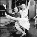 THE BOYFRIEND 1954 Original Broadway Cast Starring Julie Andrews - 450 x 451