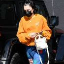 Jessie J – shopping at Maxfield in West Hollywood - 454 x 778