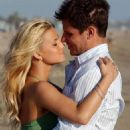 Jessica Simpson and Nick Lachey - 454 x 733