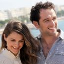 Keri Russell and Matthew Rhys - 454 x 340