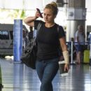 Hayden Panettiere in Jeans at Airport in Barbados - 454 x 675