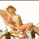 Savannah Costello  -  Wallpaper - 454 x 315