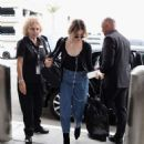 Frances Bean Cobain – Arrives at LAX International Airport in LA - 454 x 580