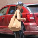 Sarah Hyland – Hits the gym in LA - 454 x 681