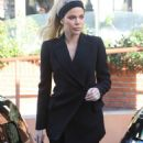 Khloe Kardashian at Emilio's Trattoria in Sherman Oaks - 454 x 681