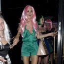 Jayde Nicole: Pink-Wigged Party Girl