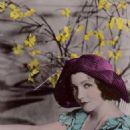 Claudette Colbert - 454 x 698