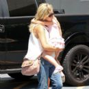 'The Crazy Ones' actress Sarah Michelle Gellar picks up her daughter Charlotte from her ballet class in Los Angeles, California on August 3, 2013
