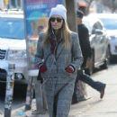 Jessica Biel – Shopping in Manhattan