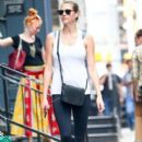 Kate Upton stops by a gym for a workout in New York City, New York on August 1, 2016 - 391 x 600
