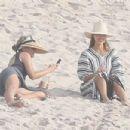 Jessica Alba on the beach in Puerto Vallarta - 454 x 303