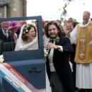 Kit Harington and Rose Leslie – Arriving at their wedding in Scotland - 454 x 310
