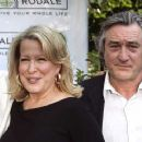 Robert De Niro and Bette Midler