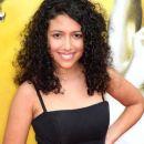 Red carpet photos - 2010 Academy Awards - 387 x 594