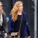 Amy Adams Performs on the Set of 'Sharp Objects' - 454 x 597