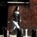 Krysten Ritter – On set of 'Jessica Jones' in New York - 454 x 471