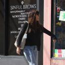 Jessica Biel out in Studio City - 454 x 706