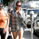 Kelly Brook - going to pilates class in Beverly Hills - 08/02/11