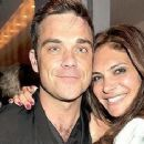 Robbie Williams and Ayda Field - 400 x 234
