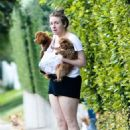 Lena Dunham With Her Dogs in Beverly Hills - 454 x 681