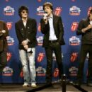 The Rolling Stones answers questions during the Sprint Half Time Show Press Conference at the Renaissance Center on February 2, 2006 in Detroit, Michigan - 454 x 309
