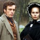 Toby Stephens and Tara Fitzgerald - 454 x 308