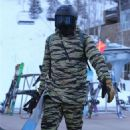 Katy Perry and Orlando Bloom – Snowboarding in Aspen
