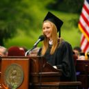 Lisa Kudrow - 2010 Vassar College Commencement In New York, 23 May 2010