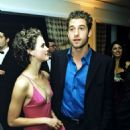 Scott Speedman and Keri Russell - 454 x 642