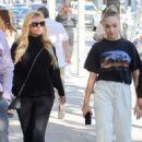 Maddie Ziegler – Shopping in Los Angeles - 454 x 681