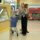 Kristin Kreuk Having Some Ice Cream Candids September 9 2007