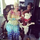 Amber Rose Celebrates Her Baby Shower at Her Home in Los Angeles, California - January 6, 2013 - 454 x 453