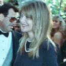 Michelle Pfeiffer At The 62nd Annual Academy Awards (1990) - 245 x 383