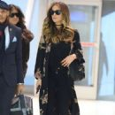 Kate Beckinsale – Arrives at JFK airport in New York City - 454 x 681