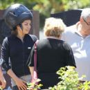 Mila Kunis: spend some time with family in Hollywood